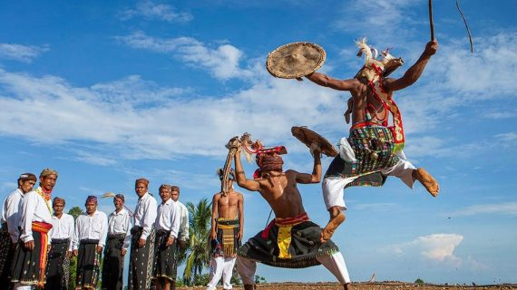 Translate Bahasa Flores ke Indonesia